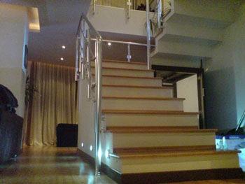 вътрешни стълби, парапети за вътрешни стълби, стълбище в мезонет
