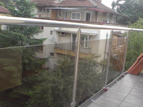 алуминиев парапет за тераса със стъкло image